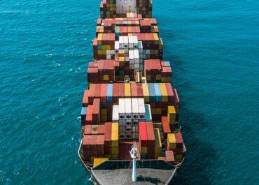 Heavy September cargo rollovers at Asian transshipment box ports